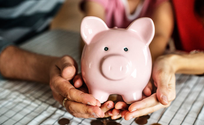 How to Teach Money Management to Your Kids to Raise Them Smart
